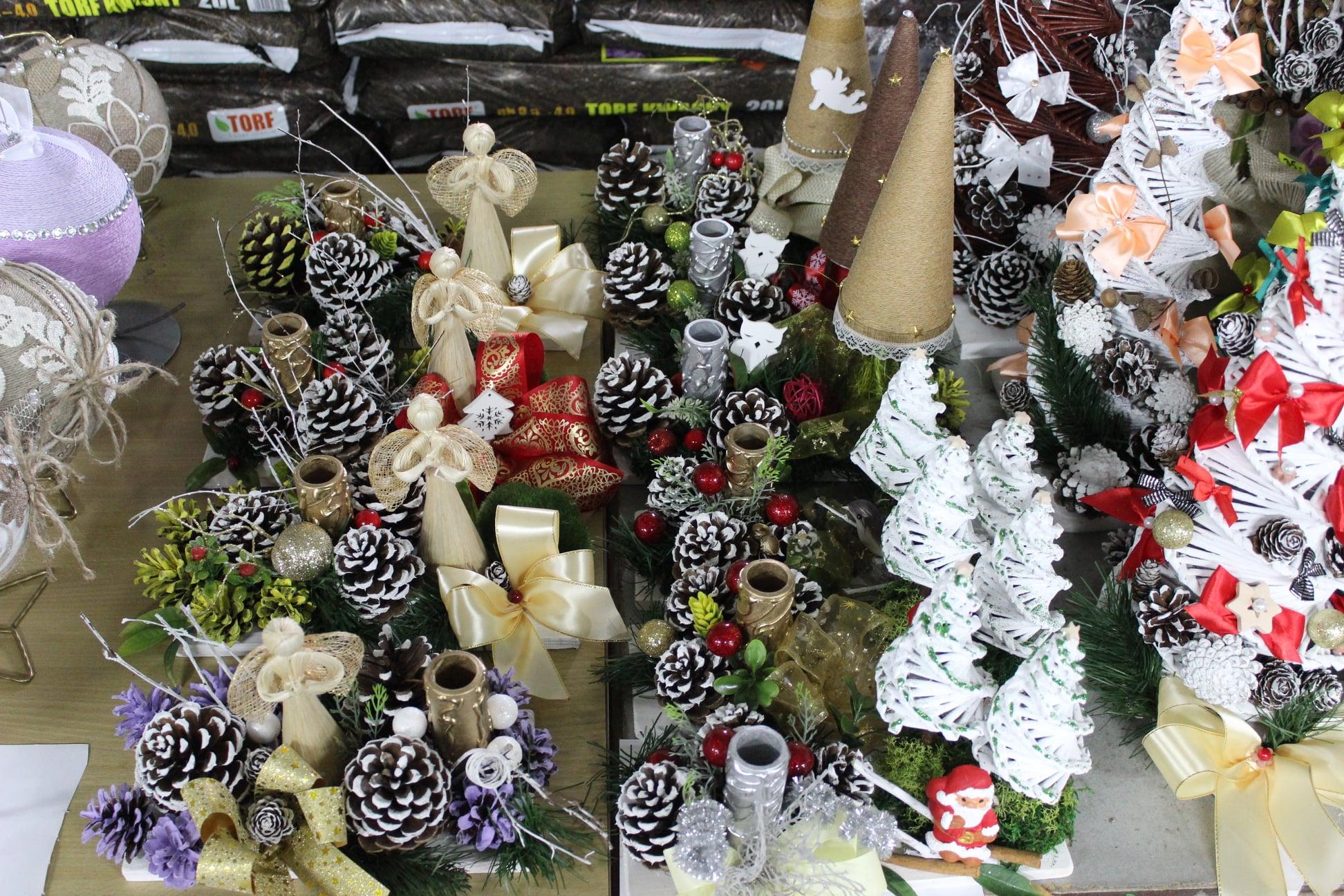 Kiermasz bożonarodzeniowy w Stróżach